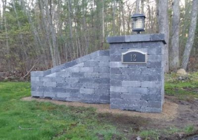 Old Boston Wall in charcoal used as columns