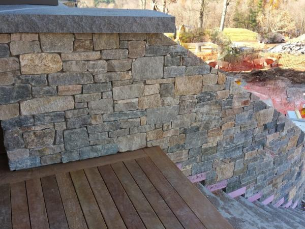 Stone Stairway with mixture of Boston Blend square and rectangle and ledge stone thin stone veneer