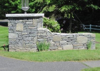 Connecticut Whiteline wall stone with granite cap