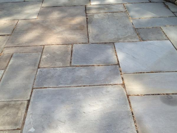 Natural Cleft Bluestone Full Color patio