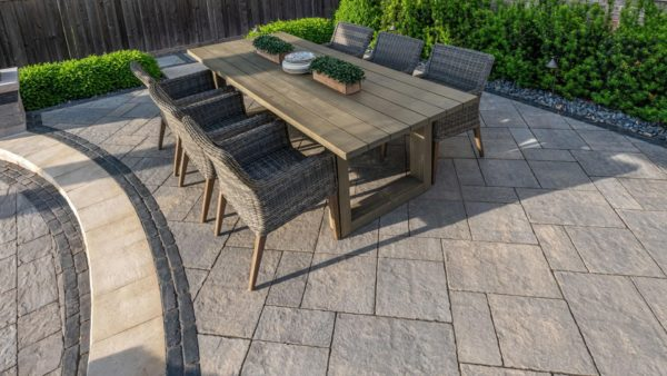 Unilock Bristol Valley Pavers Steel Mountain- patio