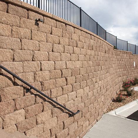 Diamond Pro stone cut ret wall ironstone