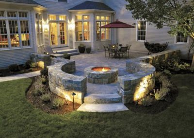 New England blend square and rec walls with Millstone pavers