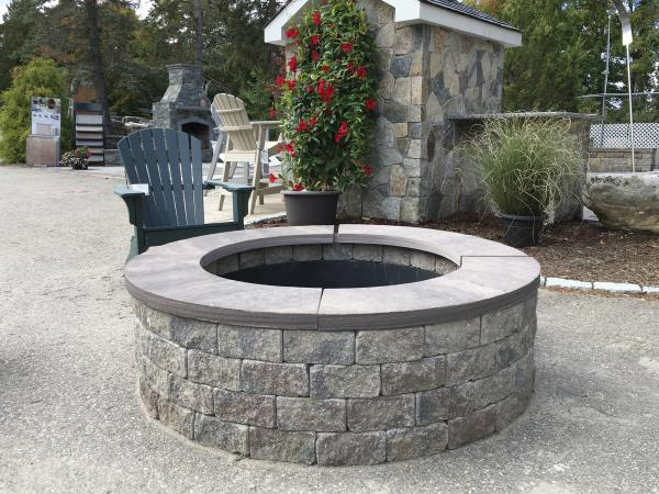 Roman Stack firepit sierra with brownstone coping