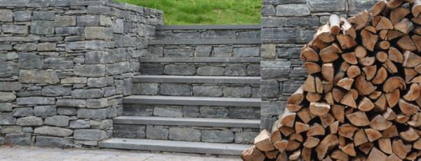 CT Whiteline walls and stairs with bluestone treads