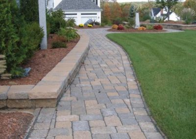 Yankee cobble vineyard blend walkway