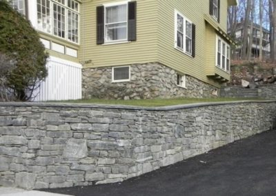CT Whiteline walls with bluestone wall caps