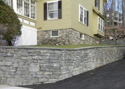 CT Whiteline walls with bluestone wall caps